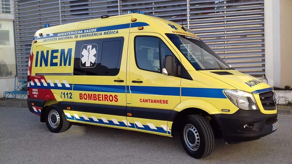 ver notícia Bombeiros de Cantanhede têm nova ambulância de INEM